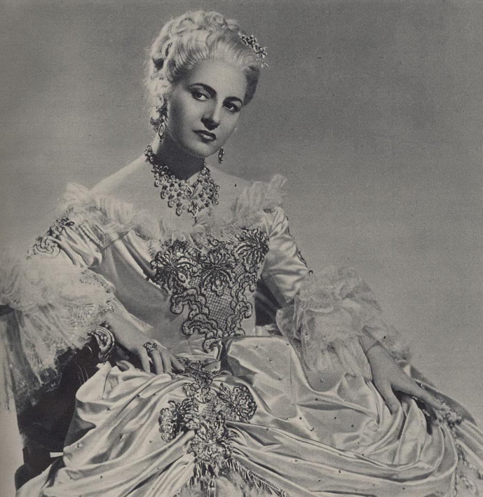 Clara Petrella